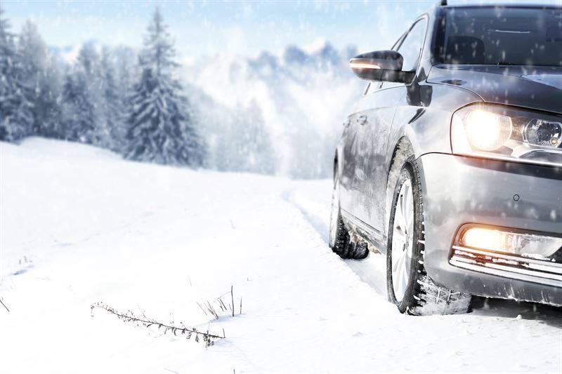 Poradnik kierowcy. Jak przygotować się do nadchodzącej zimy?